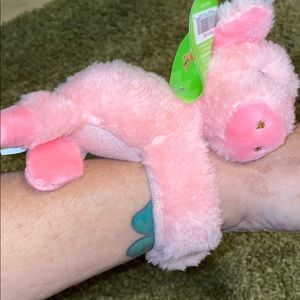 Other - Fluffy wrist attached